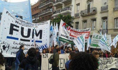 """Boleto Universitario: FUM advierte que """"no existen avances concretos en Mar del Plata"""""""