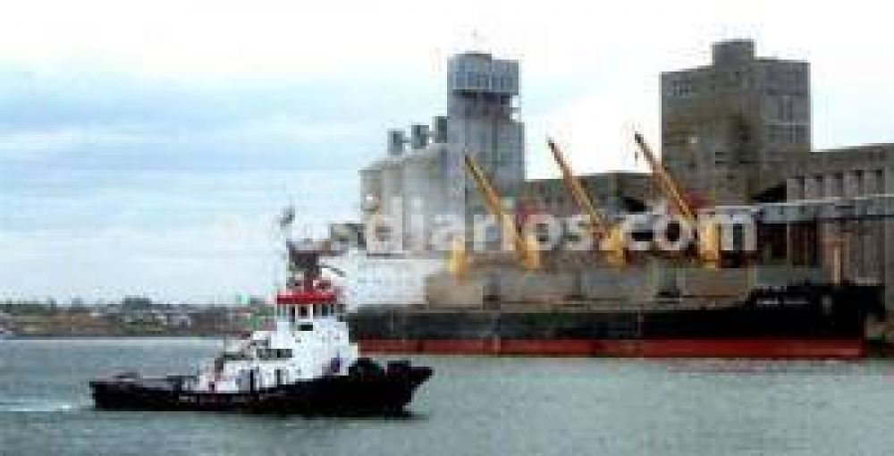 Comienza a sentirse el paro de transportistas en el puerto local