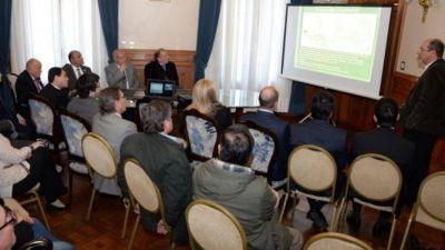 El gobierno presentó 24 proyectos a la Corporación Andina de Fomento