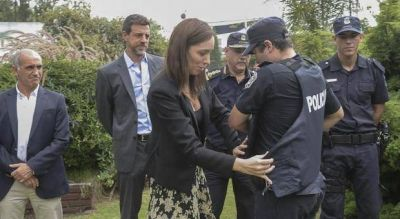 Vidal confirmó que el FBI capacitó a la Policía y busca similar instrucción de fuerzas colombianas