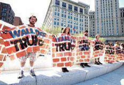 Muros y protestas en la fiesta de Trump