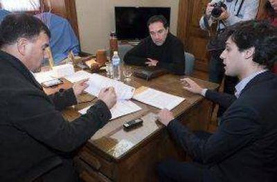 El Intendente Bertellys firmó un convenio de seguridad vial