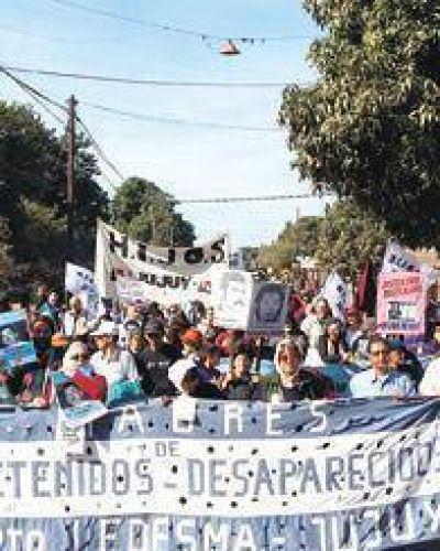 Una marcha para enfrentar el miedo al poder