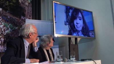 Cristina reapareció en videoconferencia para pedir la libertad de Milagro Sala