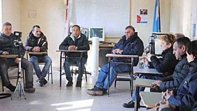 Trabajadores de OSSE rechazan que se use el presupuesto de la empresa para cubrir el d�ficit y la deuda municipal