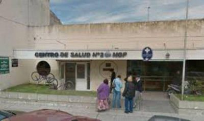 Balut Tarifa Arenas preocupado por la incertidumbre que se vive en el Centro de Salud N° 2
