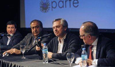 Alberto Fern�ndez reuni� al massismo porte�o