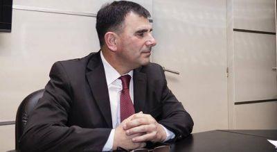 """Por """"tránsfuga"""", el PJ de Azul suspende preventivamente al intendente Hernán Bertellys"""