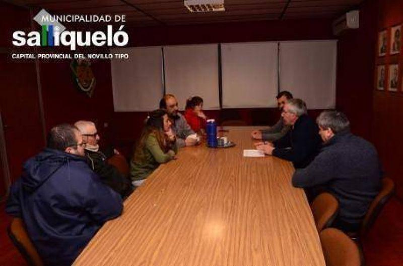 Gremios municipales y autoridades de Salliquel� llegaron a un acuerdo salarial