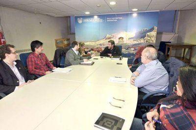 Gobierno y Municipio trabajarán para el ordenamiento del barrio 11 de Noviembre