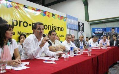 �Se viene el Pro-nismo?: Cambiemos sale a la caza de dirigentes justicialistas