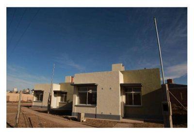Barrios reactivados: antes de fin de a�o se entregar�n 37 viviendas