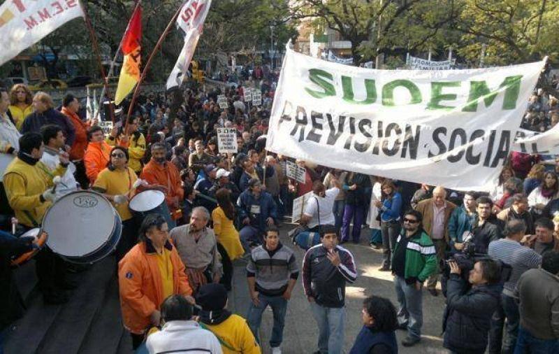 Los municipales de Córdoba piden la reapertura de paritaria