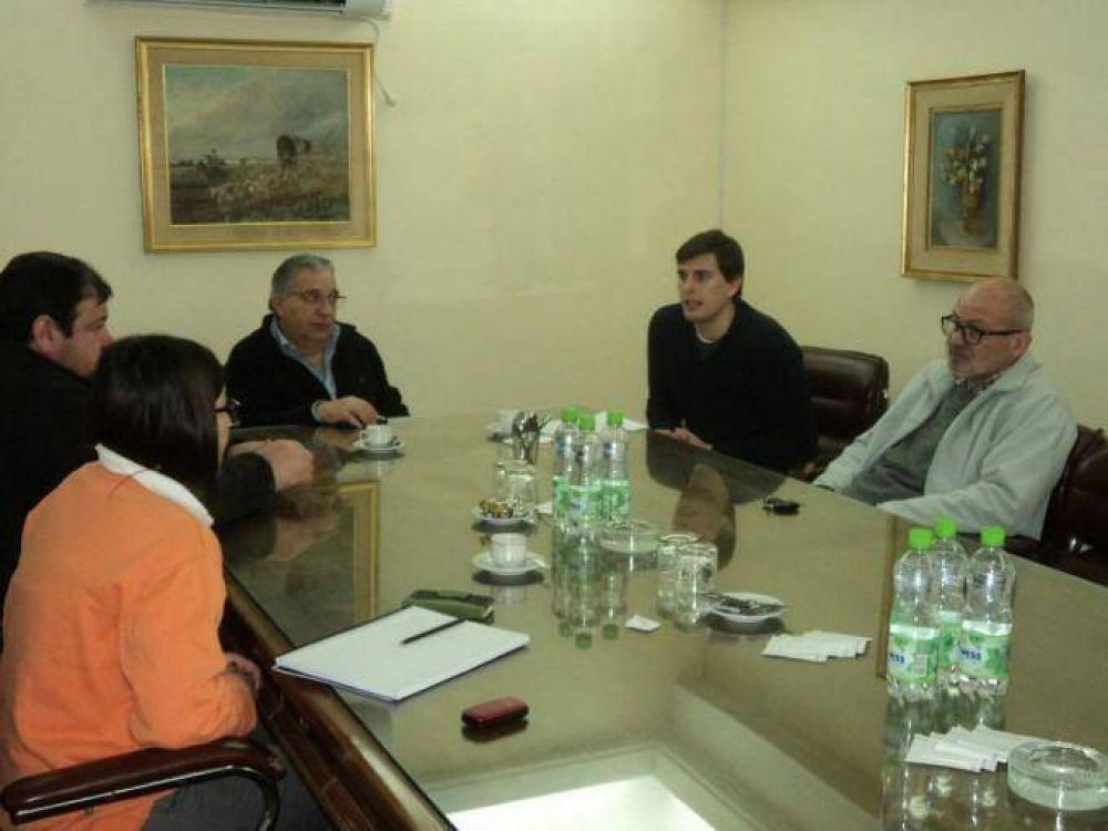 Ambiente se reunió con representantes de la Cámara Comercial y de Supermercados