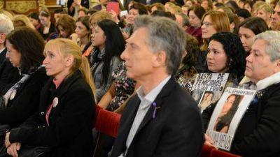Macri viaja a Per� y se re�ne con Kucksynski