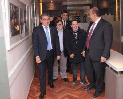 En un hecho inédito, Manzur visitó a Alfaro para ratificar su cercanía política