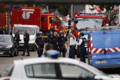 Líderes religiosos franceses exigieron mayor protección antiterrorista a Hollande