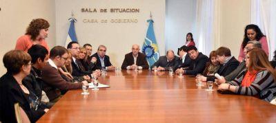 Mejorar el trabajo: convenio entre Gobierno, municipios y cooperativas