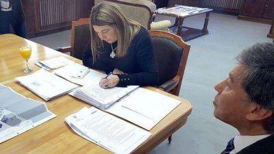 Bertone presentó en sociedad el proyecto de ampliación del puerto de Ushuaia