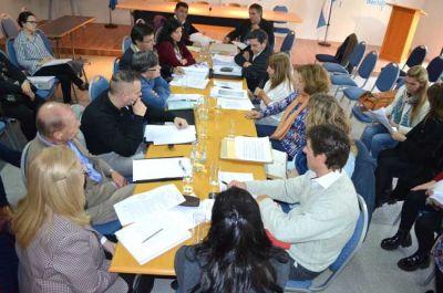 Otro cruce entre UTELPA y el Colegio de Psicopedagogos por la matriculación