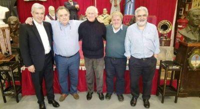 Los laudatianos, el grupo de Dominguez, Vera y Pino para hablar del Papa