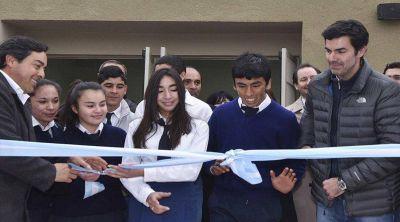 Inauguraron una escuela modelo en La Candelaria