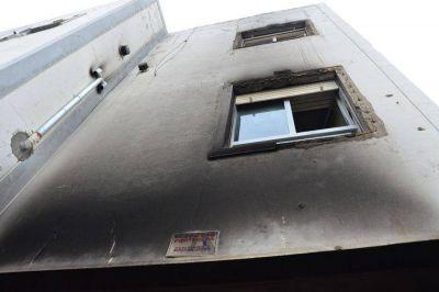 Incendio intencional en el edificio del Sindicato de Obras Sanitarias