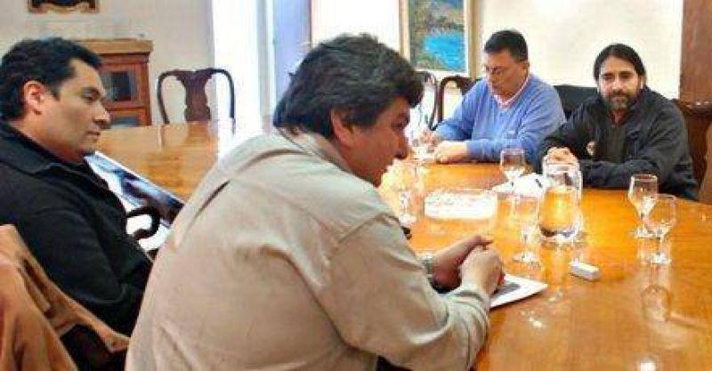FENTOS levant� huelga tras compromiso de Alicia de pagar aguinaldo