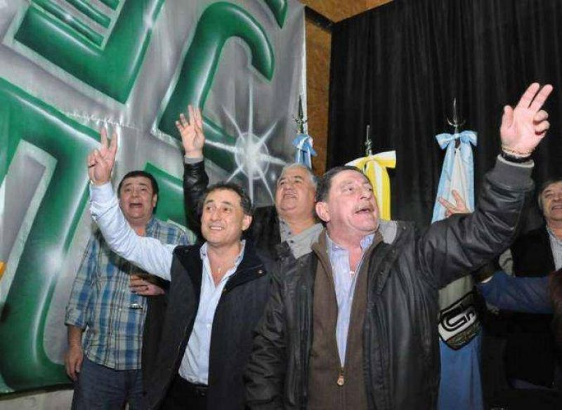 Viviani y sus aliados se bajaron del plenario de la CGT