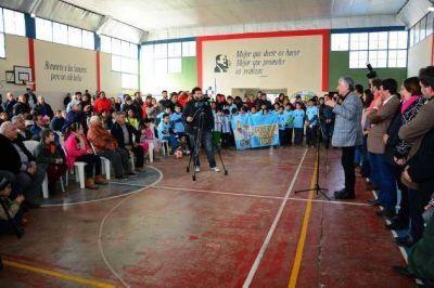 Rodríguez Saá inició obras de pavimento y alumbrado público en Potrero de los Funes