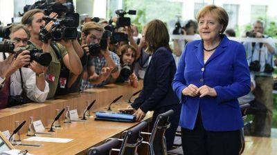 Angela Merkel defiende su pol�tica migratoria pese a los ataques terroristas