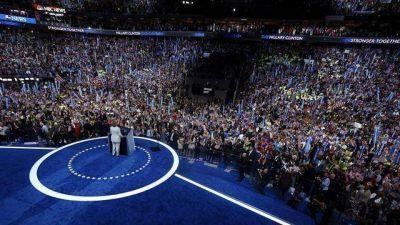 Hillary Clinton aceptó la nominación para convertirse en la primera presidenta de EE.UU.:
