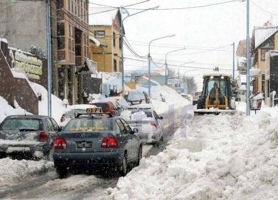 La gesti�n Vuoto enfrenta su primera denuncia por sobreprecios en la adquisici�n de insumos para las nevadas