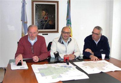 Presentaron un plan para garantizar el servicio de agua y cloacas a todos los balcarce�os