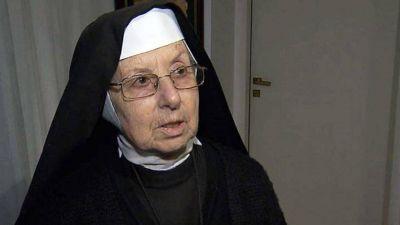 La fundación fantasma de la hermana Inés y el obispo Di Monte