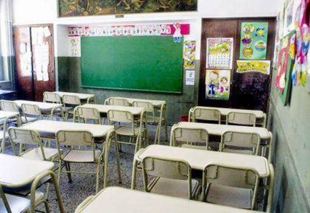 Paro de docentes bonaerenses de UDOCBA y protesta del Frente Gremial