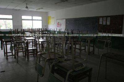 Segundo día del regreso a clases con paro docente en la provincia