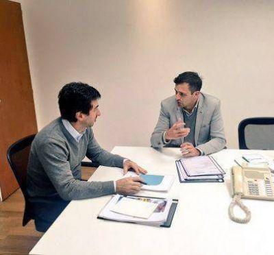 Bucca presentó el proyecto del Polo Tecnológico al ministro Cenzón