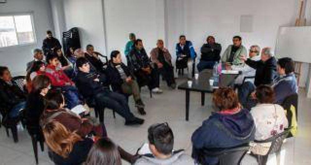 Trabajadores de prensa del interior participaron del Precongreso