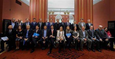 El Gobierno y las provincias pactaron la devoluci�n de fondos