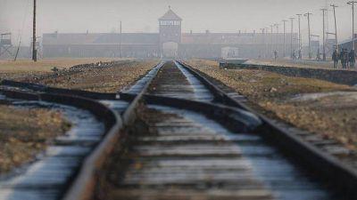 Comunidades Romas y Sinti homenajearon a víctimas del nazismo