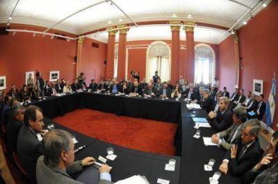 Bordet firm� el convenio con Naci�n para que Entre R�os recupere paulatinamente fondos coparticipables