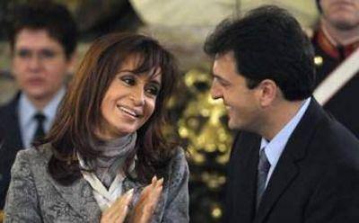 Guerra de encuestas: Massa lidera para Aragón y para Rouvier, gana CFK para senadores 2017
