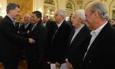 Moyano plant� a Macri por mandarle al Momo a sabotear la reunificaci�n de las tres CGT