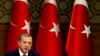 La purga en Turquía le toca ahora a los médicos