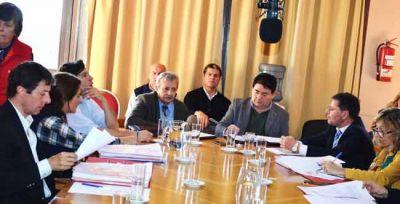 Bargero se reunió con diputados por la rescisión de la obra del nuevo hospital