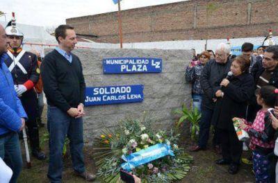 Erradican un basural y crean una plaza en memoria de un soldado