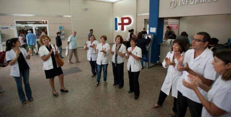 Los médicos van a paro para pedir más seguridad