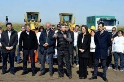 Macri recorri� obras en la ruta 7 junto a la gobernadora Vidal