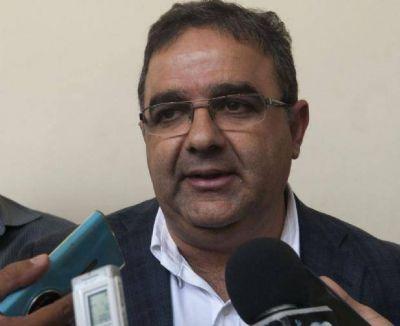 Jalil descartó aumento y busca responsabilidad administrativa